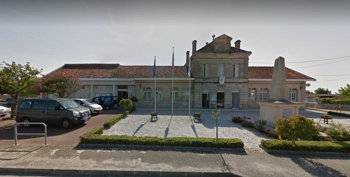 Terrain de 686 m² à vendre à Prignac et Marcamps